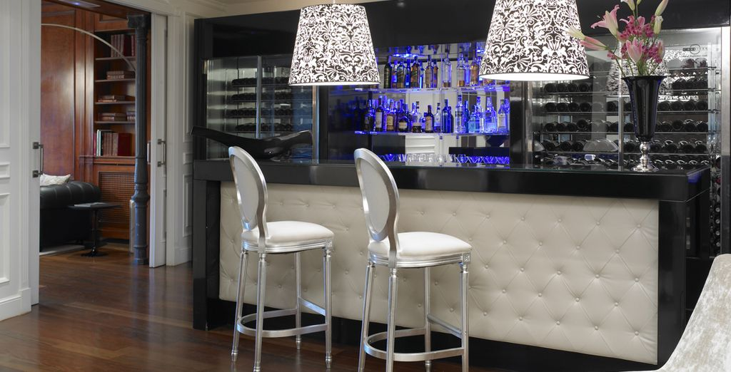 After a day out sightseeing enjoy a glass of wine at the bar