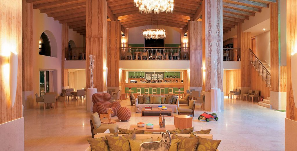 A chic hotel with a tranquil atmosphere