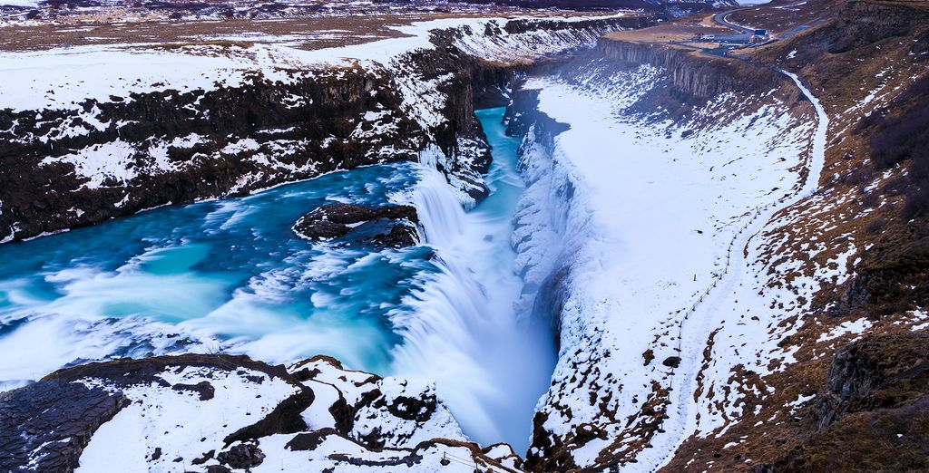 The second day you'll get to visit the beautiful Gullfoss Falls