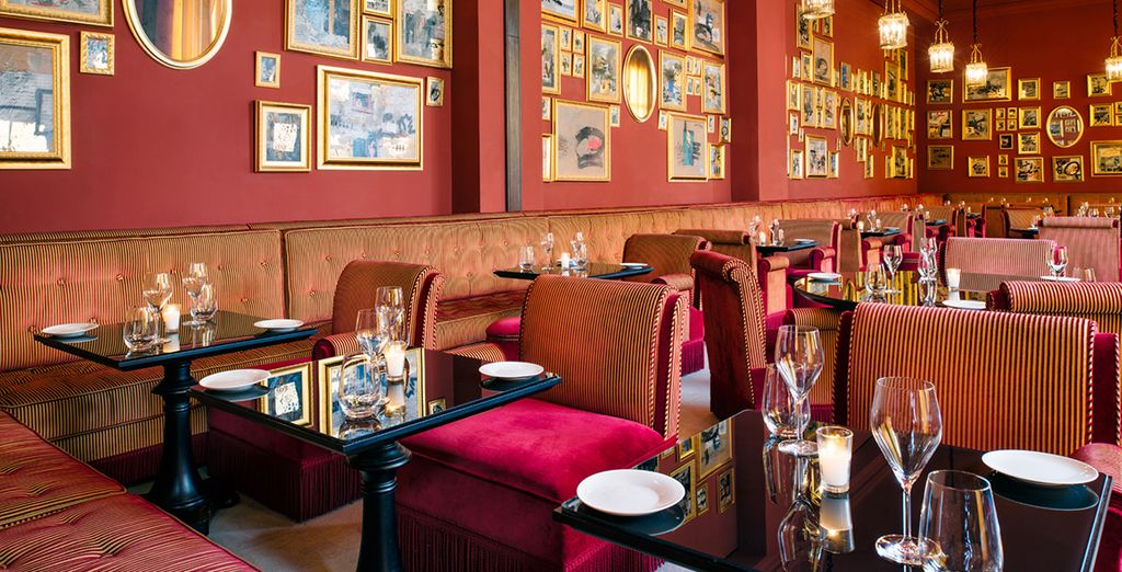 You can also visit the Italian restaurant of the hotel a real art gallery