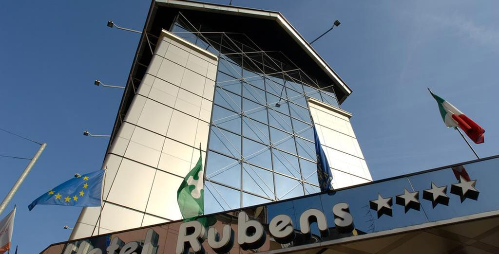 Hotel Rubens is waiting for you for an excellent stay