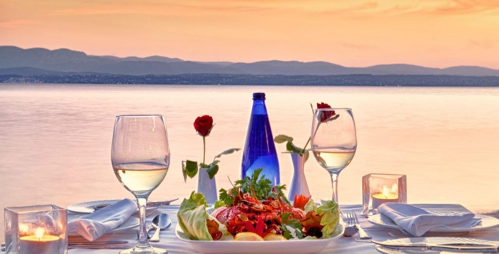 Enjoy dinner with a view....