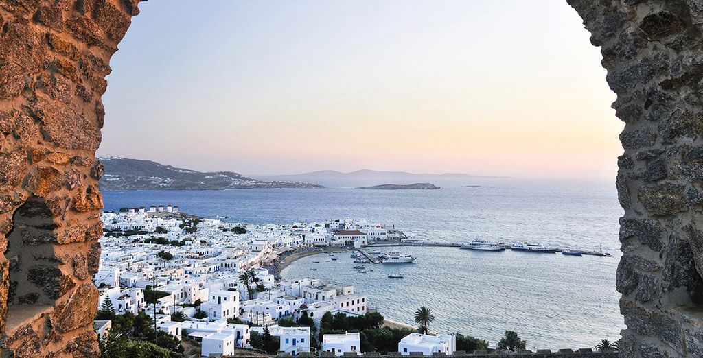 Discover this beautiful Greek island