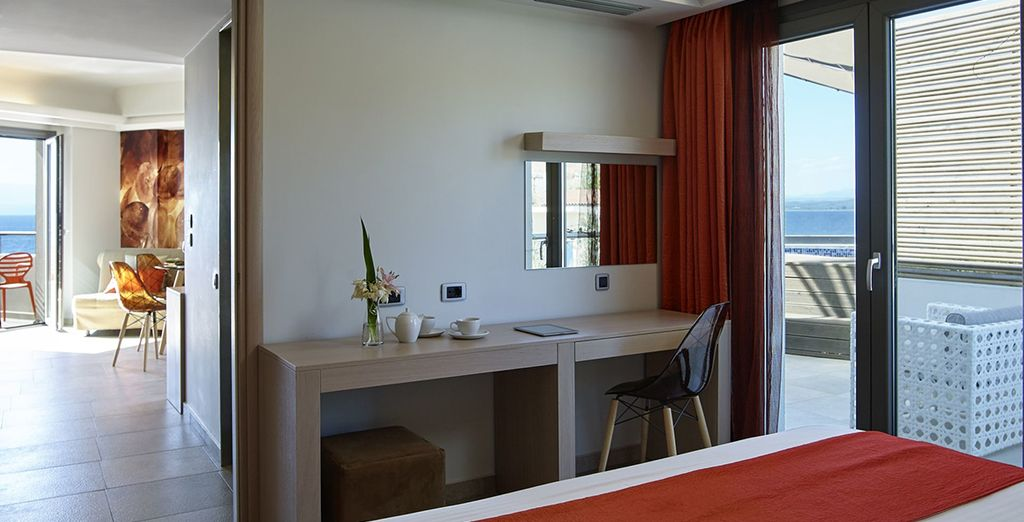 Or a Senior Sea View Suite