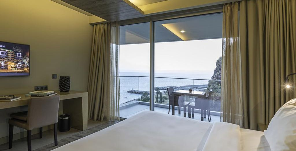 Choose a Side Sea View Room