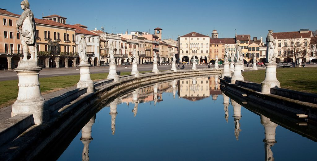 Or you can explore the nearby cultural city of Padua (10km)...