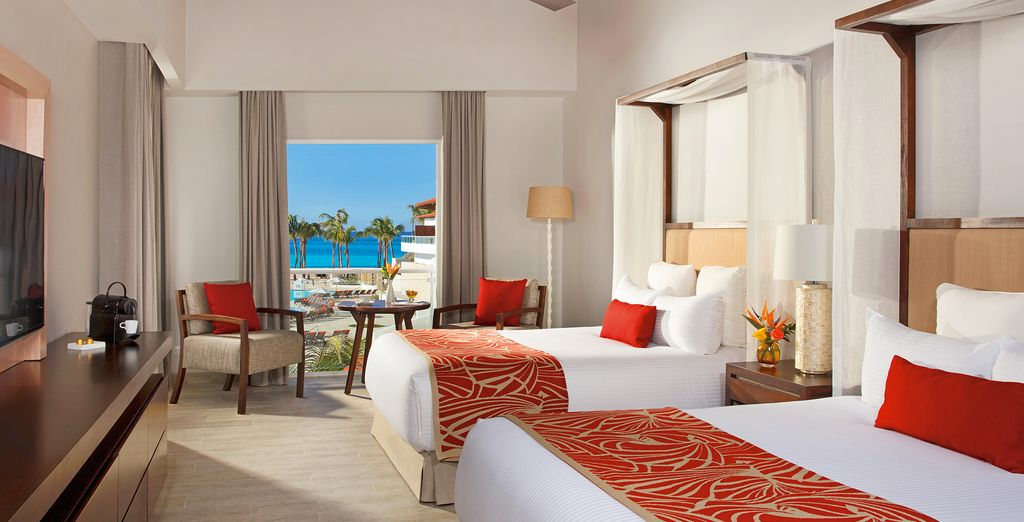 Enjoy a Preferred Club Suite Tropical View