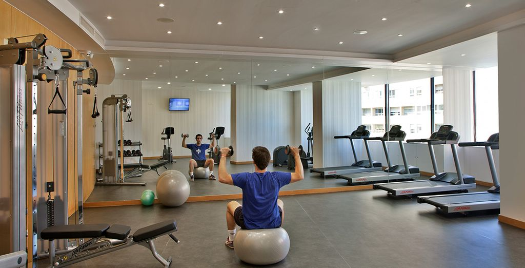Enjoy free access to the Fitness Room