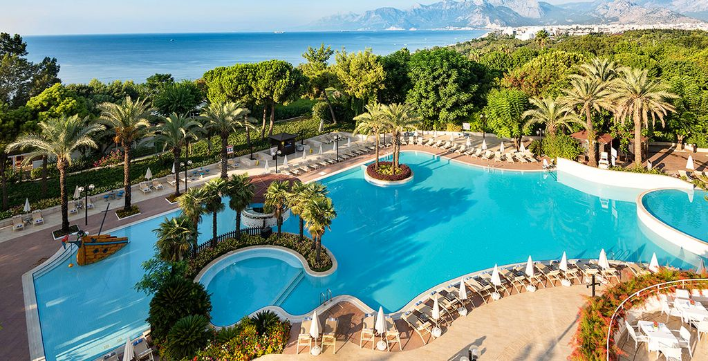Rixos 5* Antalya Roulette - book now with Voyage Privé