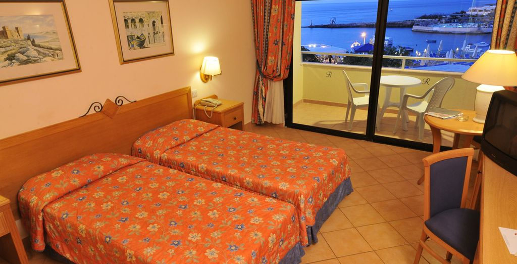 Relax in your Twin Sea View Room