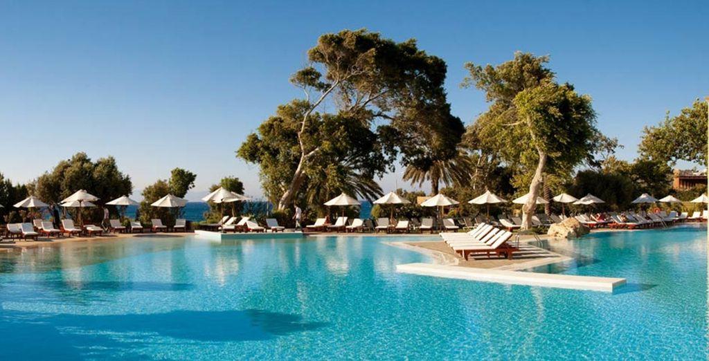 Welcome to the sleek and elegant 5* Amathus Beach Hotel - Amathus Beach Hotel 5* Rhodes