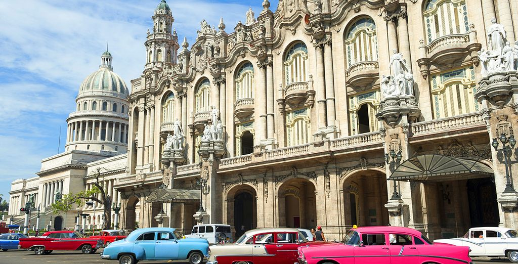 Experience the largest Caribbean island, Cuba with Voyage Privé