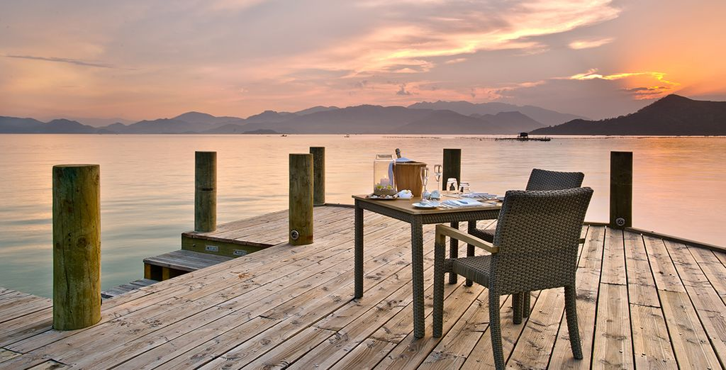 Indulge in a sunset dinner on pier