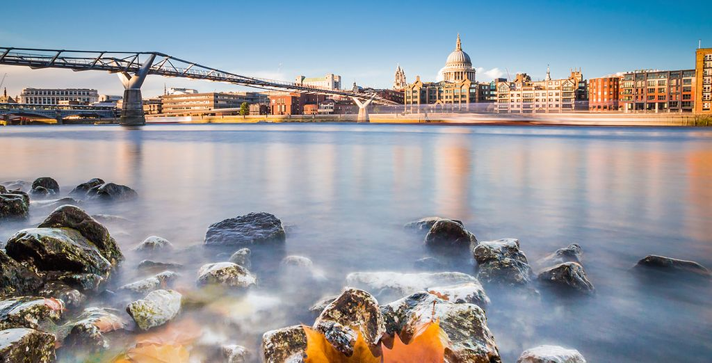 Situated moments from the River Thames