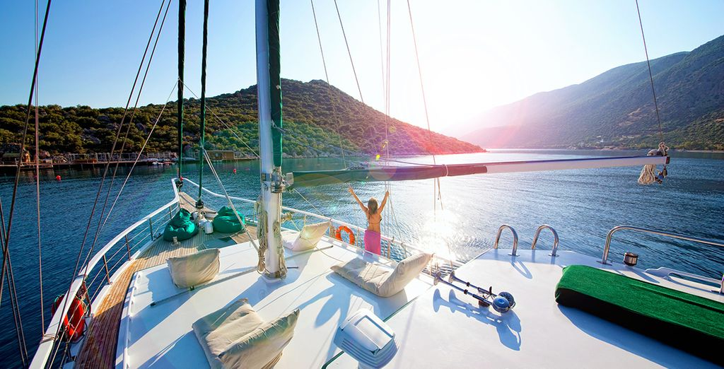 We've also included a scenic 1 day cruise on board a traditional Turkish gulet