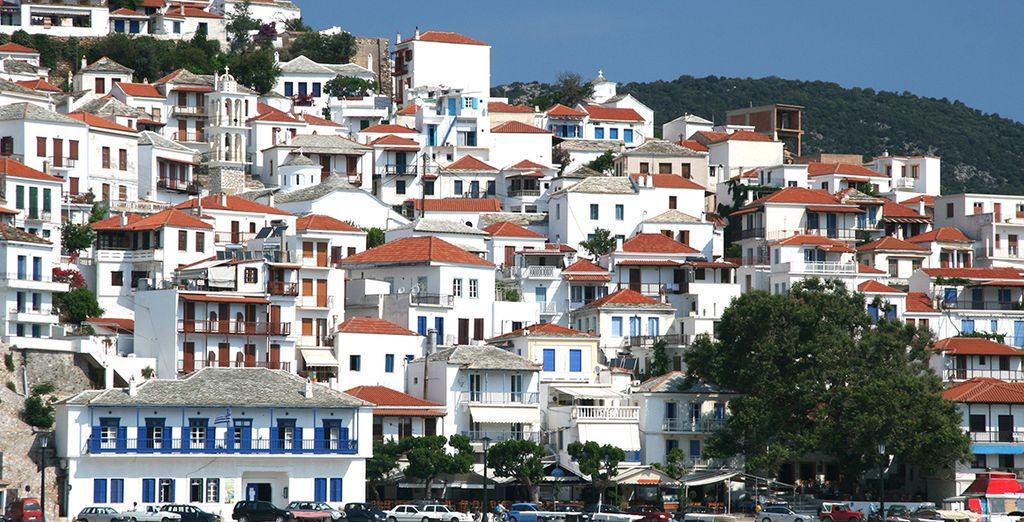 Just 4km from Skopelos town