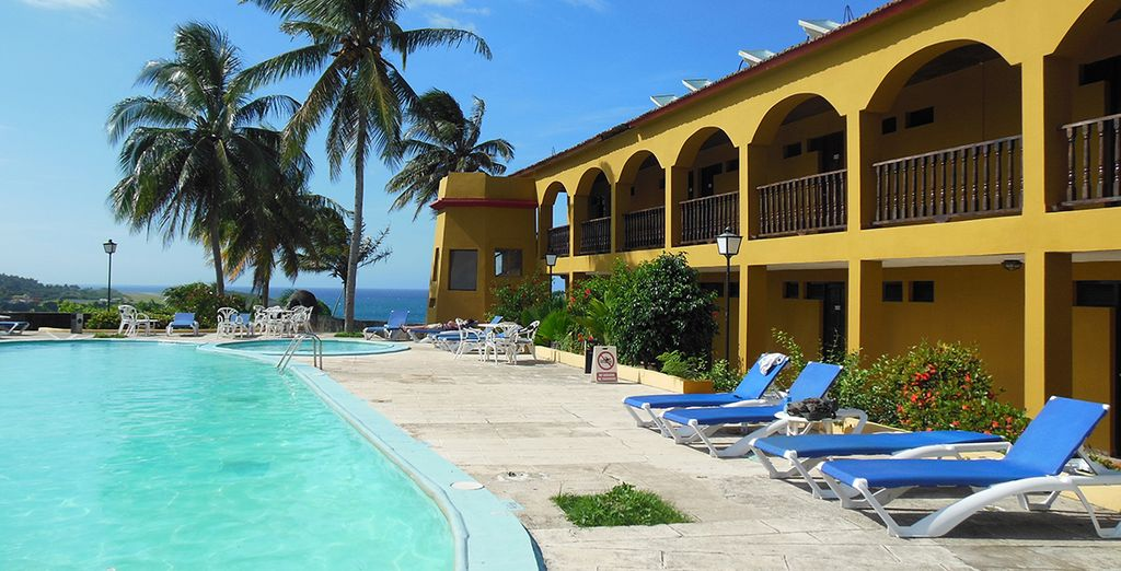 You will stay in comfortable hotels and private homes throughout (hotel castillo)