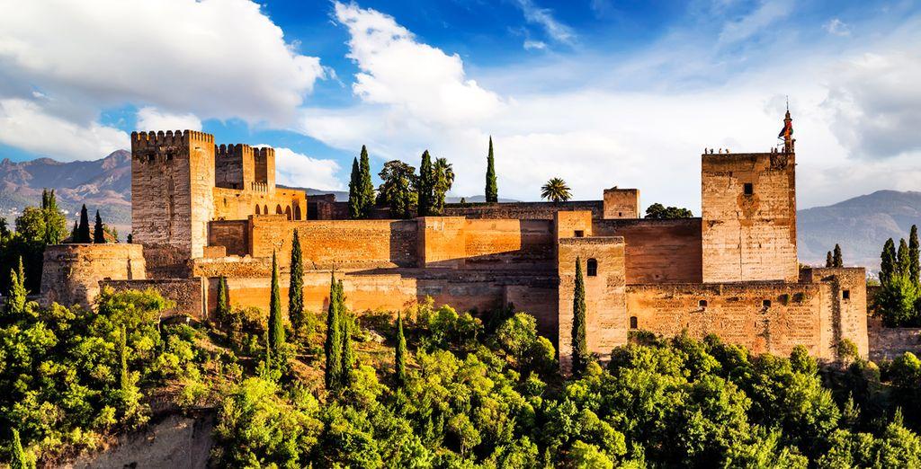 Admire the melting pot of cultures in Granada