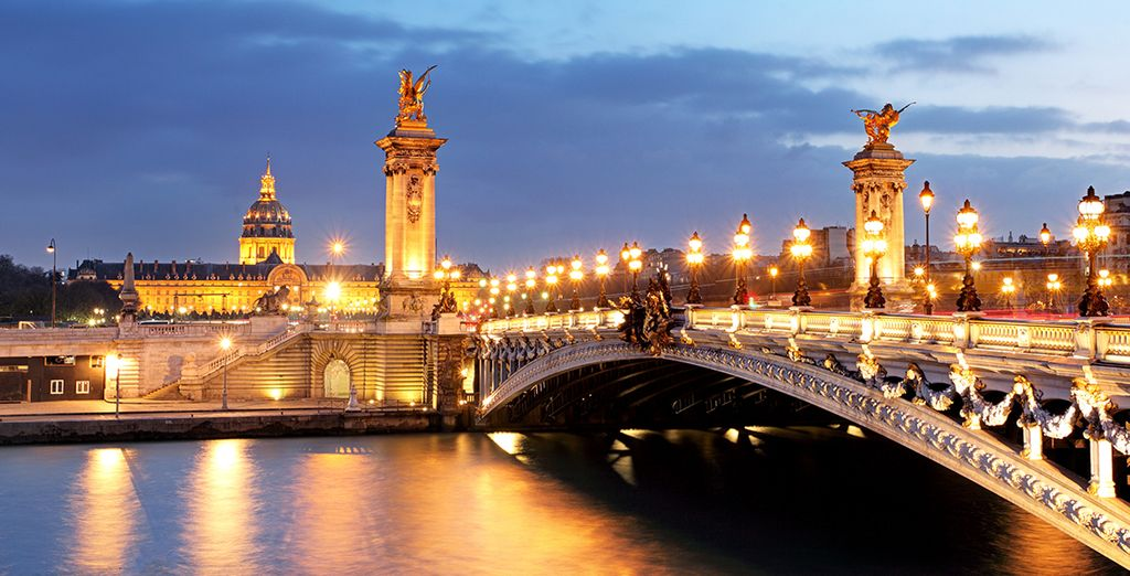 So come & let yourself be seduced by the city of love!