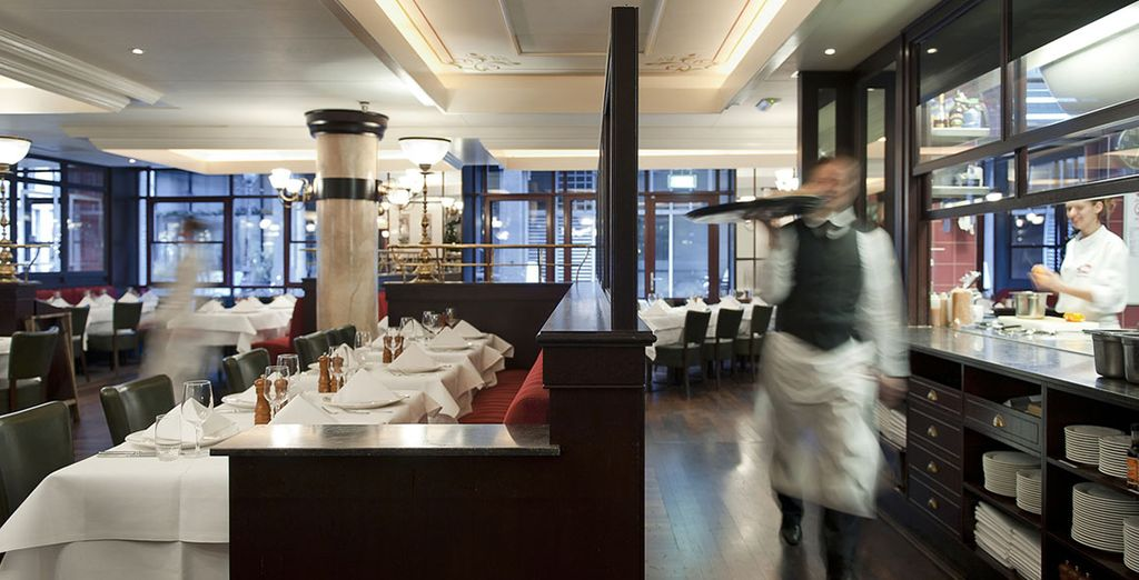 Here you can enjoy an exquisite lunch or dinner in an authentic French atmosphere