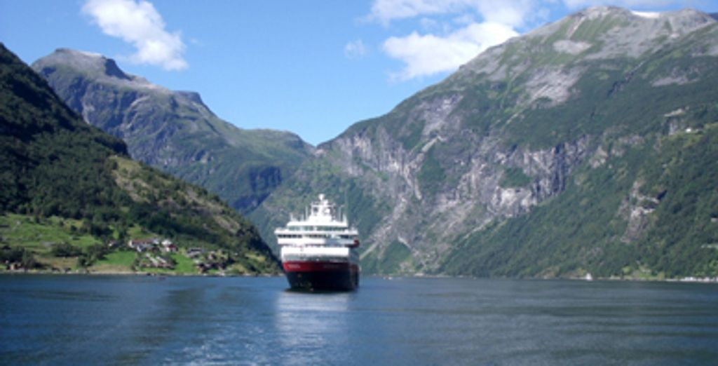 - 12-Day Classic Round Voyage - Norway Various