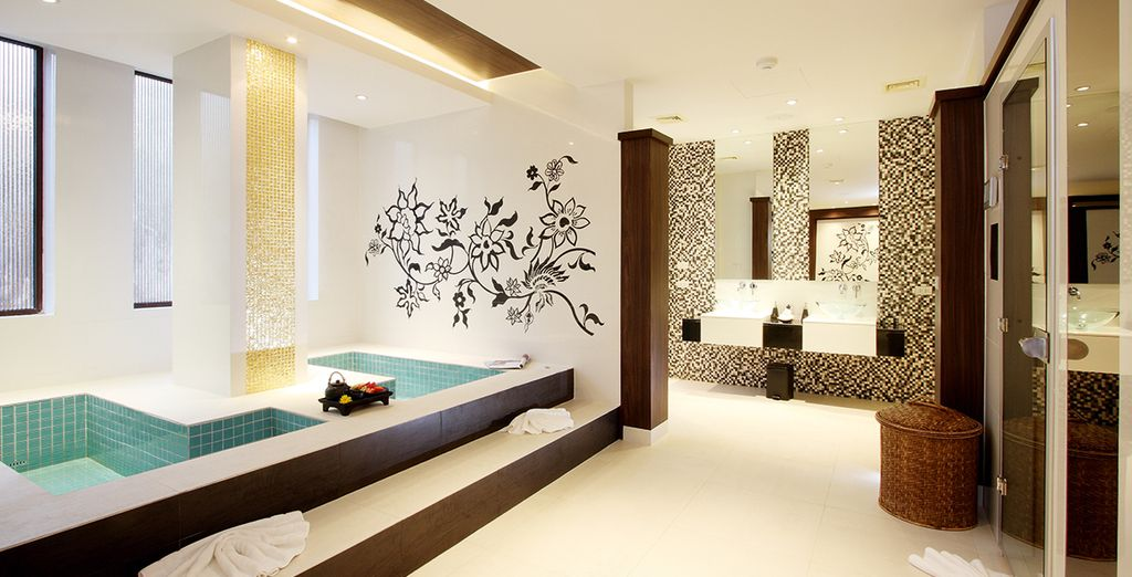 Plus 2 for 1 massages at the sleek spa