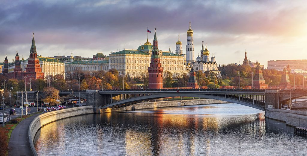With an inclusive private tour of Moscow