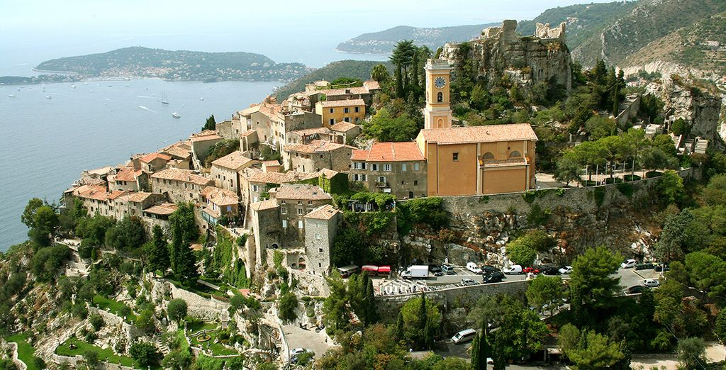 Set in the charming hilltop town of Eze