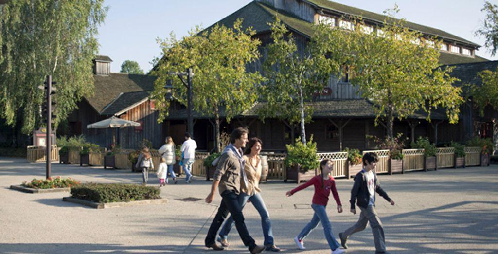 - Disney's Davy Crockett Ranch - Disneyland® Paris - France Disneyland® Paris