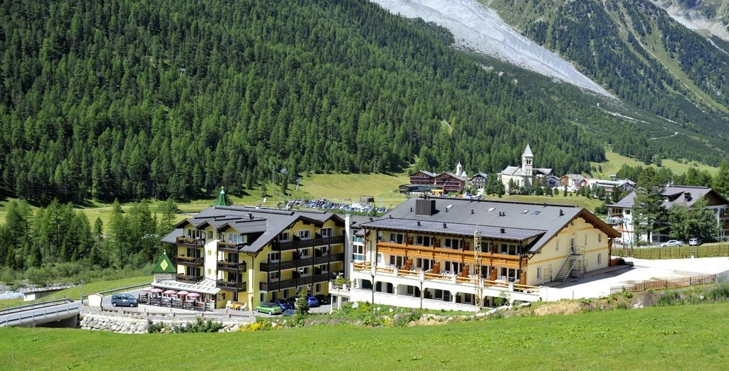 Paradies Pure Mountain Resort 4*