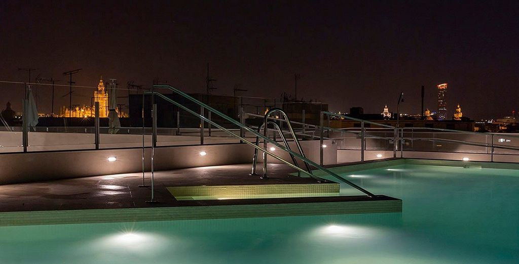 Hotel Macià Sevilla Kubb 4*