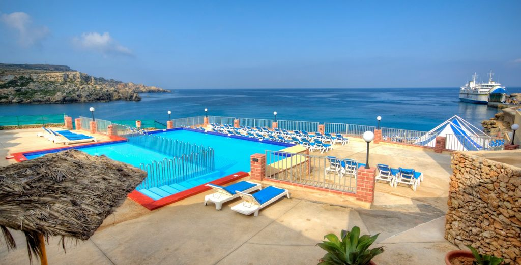 Paradise Bay Resort 4*