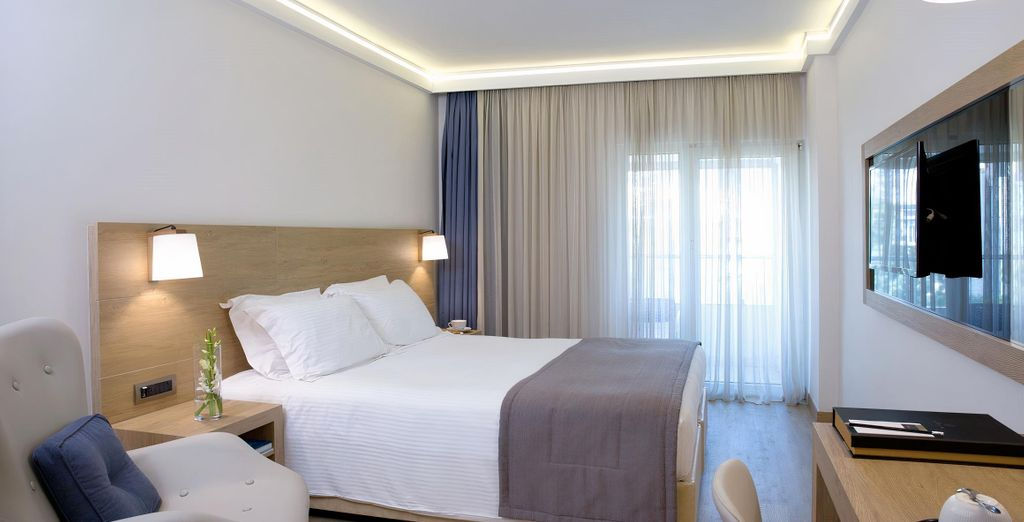 Golden Age Athens Hotel 4*