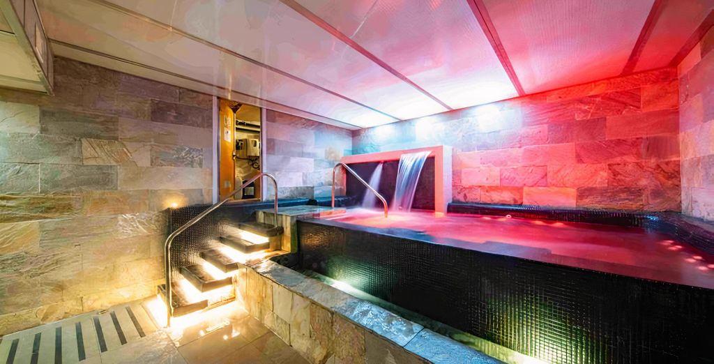 Hotel Soho Boutique Capuchinos & Spa 4*
