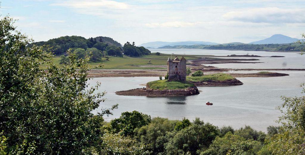 Beautiful Scottish Highlands Tour