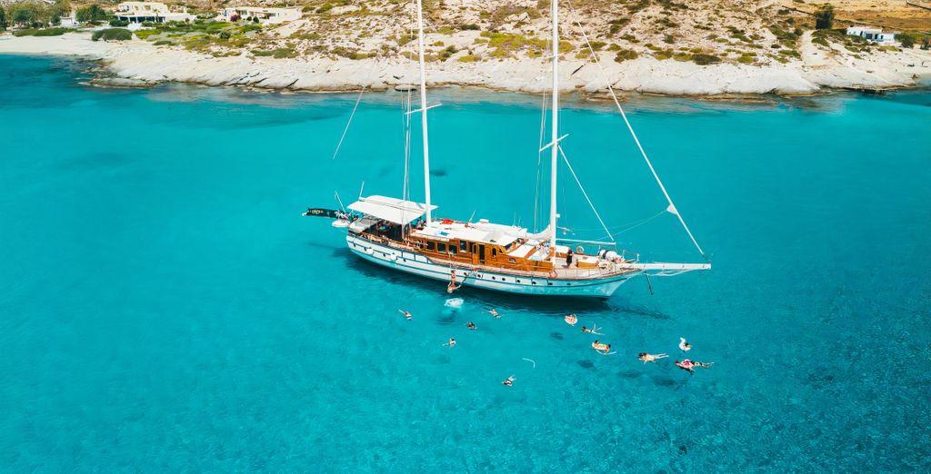 Tolle Kreuzfahrt entlang griechischer Inseln