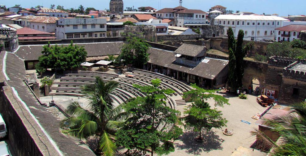 Escapade à Zanzibar avec excursions incluses et hôtel AHG Maya Bay 4*