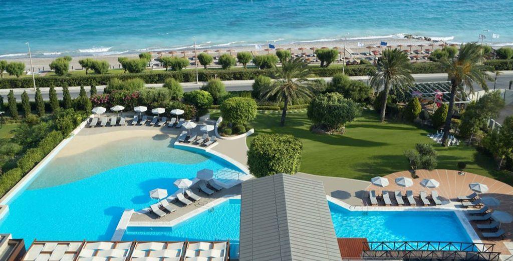 Rhodes Bay Hotel 5*