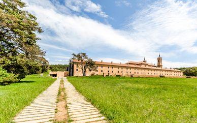 Hospedería Monasterio San Juan de la Peña 4*