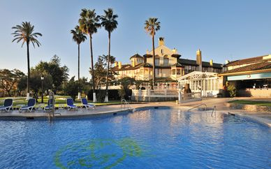 Hotel Globales Reina Cristina 4*
