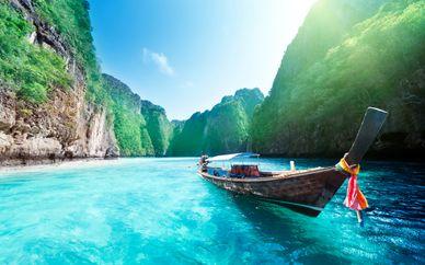 Kalima 5*, Holiday Inn Phi Phi Island 4* y Pakasai Resort 4*