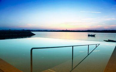 Agua Hotels Riverside 4*