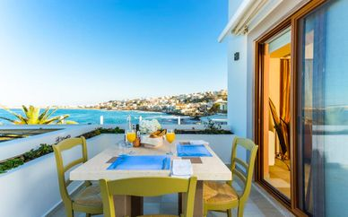 Cavo Seaside Luxury Suites - Adults Only