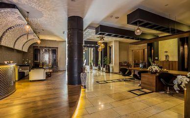 Dellarosa Hotel Suite & Spa 4*