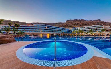 Radisson Blu Resort & Spa Gran Canaria Mogan 5*