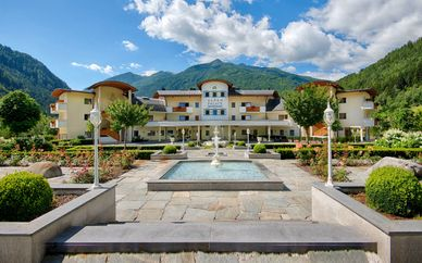 Alpenpalace Luxury Hideaway & Spa Retreat 5*