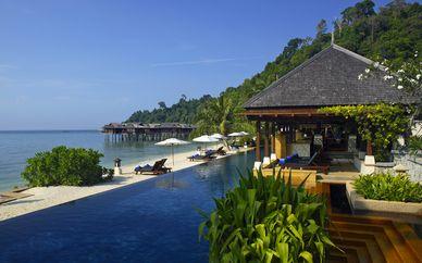 Hotel Stripes Kuala Lumpur 5* & Pangkor Laut Resort 5*