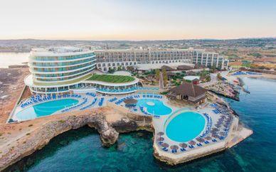 Ramla Bay Resort 4*