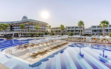 Jacaranda Side Resort 5*