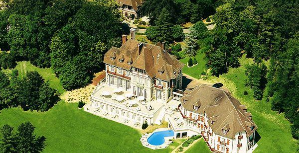 Hôtel-Restaurant Château de la Tour